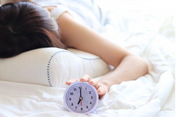 【寝室の風水】ベッドの位置・間取り・方角&ベッドの選び方を徹底解説♪眠りの質を上げましょう