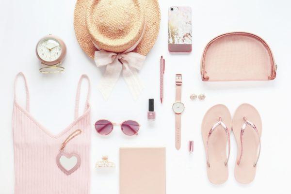 結婚運・恋愛運を上げる色はピンク?あなたの結婚運を高める色を四柱推命で知る!