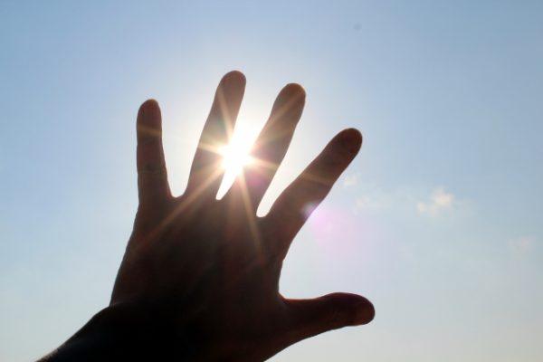 確実に運を上げる方法【運が上がる人の行動】自分の力で運をつかみ取る!