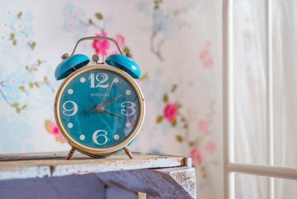 【あなたに必要な睡眠時間は?】人より睡眠が必要な人の特徴