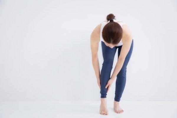 足がつる原因は栄養と潤い不足!予防・対策は食べ物&睡眠で。