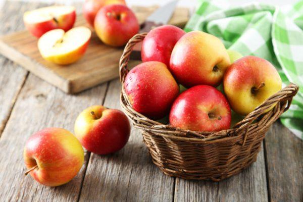 【食養生】りんごの栄養効果!加熱して食べるのもオススメ!