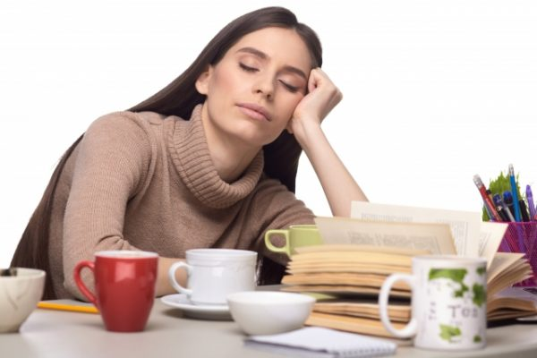 【睡眠不足のリスク】あなたの頑張りが帳消しになっているかも!