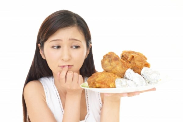 生理中、生理前の食欲は我慢しなくてOK!食べるものを少し工夫することで体と心に優しい生理期間に♪